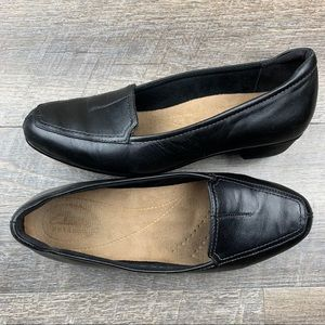 Clarks Artisan Womens Timeless Loafers Size 6